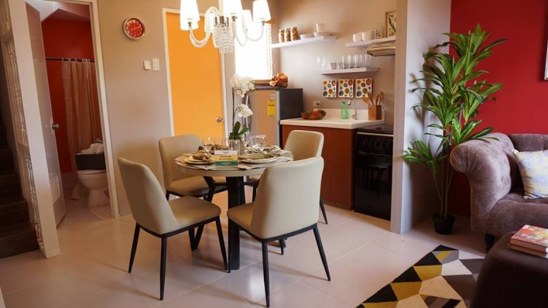 Richwood Homes - Townhouse End-Unit - Dining Room